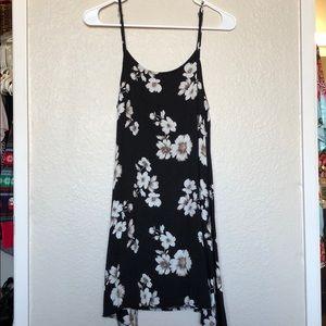31a380b4d10 ... Brandy Melville Floral Dress ...